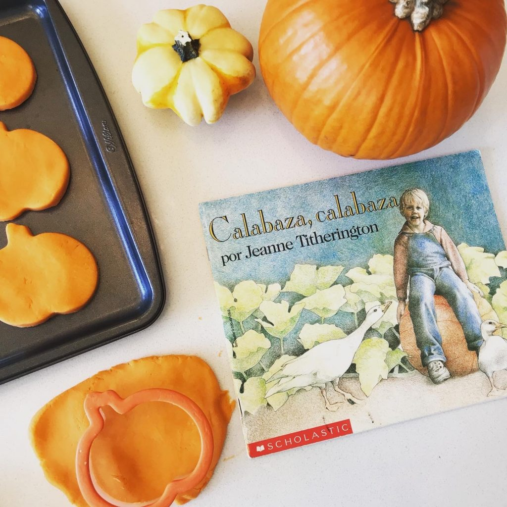 Find scavenger hunt vocabulary words in fall-themed books.