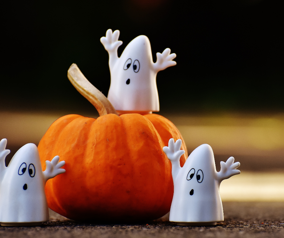 Spooky Spanish Halloween Experiments for Kids (with Videos)